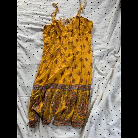 love, Fire Dresses & Skirts - Cute summer sun dress!